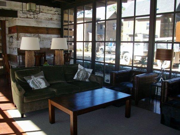 src_pool_seating