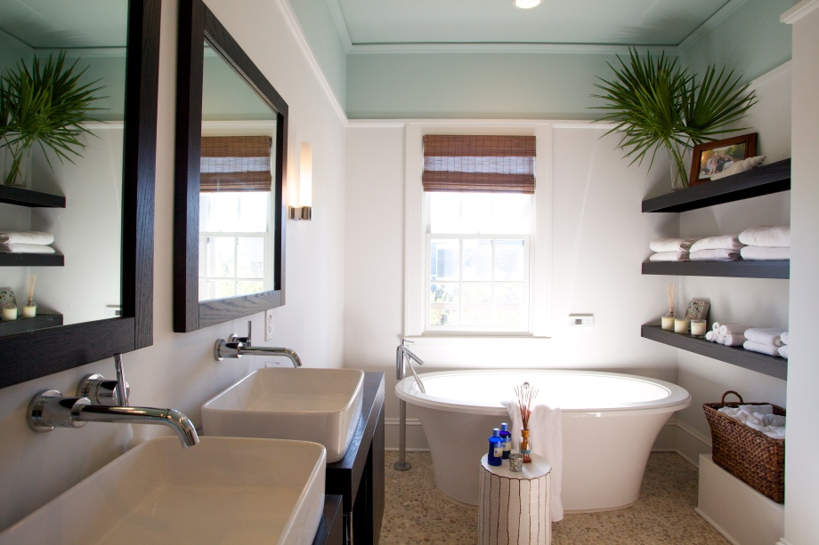 Nothing But Blue Skies Master Bath Before And After: Beach Bath Redo